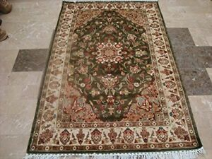 New Exclusive Medallion Floral Green Hand Knotted Rectangle Area Rug (4 x 6)'