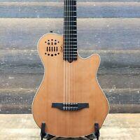 """Godin Multiac Grand Concert SA Natural HG """"B-Stock"""" El.-Classical Guitar w/Bag"""