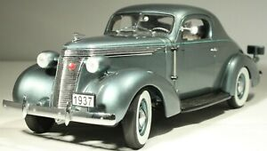 1937 STUDEBAKER Dictator Coupe 1:24 Danbury Mint LIMITED EDITION (955/5000)