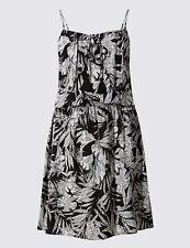 Ladies Marks and Spencer Black & White Leaf Pattern Beachwear Dress Size 18