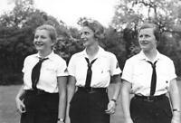 WWII Photo German Girls in Youth Organization  WW2 World War Two Germany / 2111