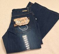 Tyte Junior Womens Jeans size US JR1  Flare leg  NWT