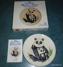 1977 3rd Annual Mothers Series Bas Relief Goebel Panda Plate + Box Gift For Mom!