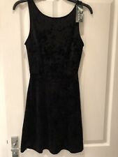 ⭐️ BNWT Black Velvet H&M Low V Back Skater Dress - Size 36/S/8/10 ⭐️