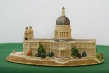 """Lilliput Lane """"St Pauls Cathedral"""" L2370 Mint in original box with deed."""