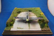 Diorama Flugplatz Splitterschutzbox mit Betonpiste 1/72 universal für Flugzeuge
