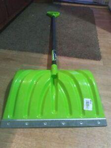 "Lot of 4 Suncast Lime Green 18"" Combo Blade Steele Core Snow Shovel"