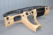 Maserati 4200 M138 Armaturenbrett Verkleidung unterteil Cocpit Dashboard Beige