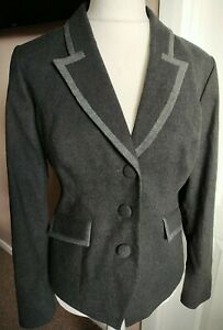 Gorgeous Pepperberry Grey Blazer Jacket Size 16 Really Curvy Brand New Pockets