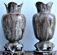 Faience d' APT Paire de vases balustres en faïence à décor jaspé
