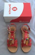 NEW~ GARVALIN Spain GIIRLS LEATHER SANDALS SZ 32 UK 13 ~ LIGHT RED SHOES