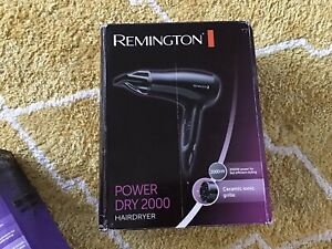Remington Powerful Ceramic Ionic Hair Dryer 2000 W - Black. New In Box