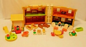 Vintage Fisher Price Little People Play Family Blue/Yellow House #952 - 1969