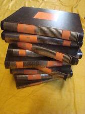 Histoire  de  l'Art en 10 volumes reliés de couleur noir,orange et or