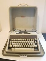Vintage Olympia SM7 SM-7 DeLuxe Portable Typewriter & Hard Case Western Germany