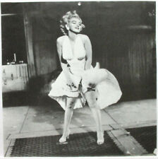 MARILYN MONROE PINUP CALENDAR PAGE, 7 YEAR ITCH POSE