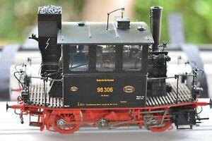 KM1 109803  Tenderdampflok 98 306 DRG Glaskasten  Messingmodell  Vitrinenmodell
