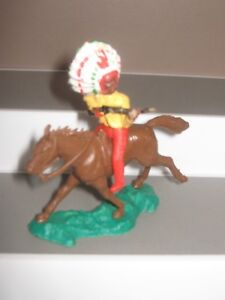 Crescent Indian mounted made in England v/g condition painted figure