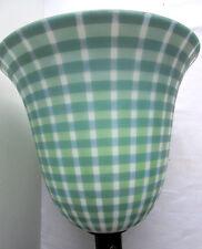 lampe ART DECO style MAZDA, pied bois, tulipe globe opaline vichy verte