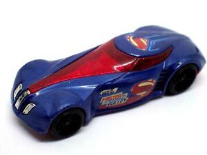 Figürchen Auto 2013 Hot Wheels Superman Mattel 1:64 Hotwheels