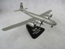 Die Cast militaire géants du ciel B-29 Super Fortress Enola Gay