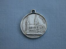 RARE ANTIQUE 1909 VAUGHTON & SONS TRURO CATHEDRAL SOLID STERLING SILVER CHARM