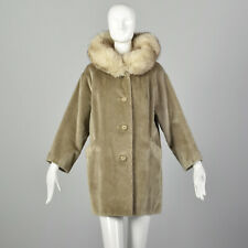 L 1960s Tan Coat Faux Fur Fox Fur Collar Boxy Bracelet Sleeves Winter Jacket