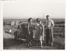 Foto Familie mit VW Käfer Oldtimer-7