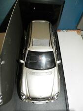 Kyosho Mercedes-Benz E-Class T-Model, special model 1:18, orig.