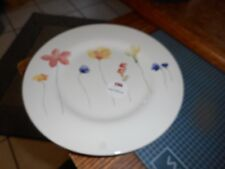 """New Mint Royal Stafford Scattered Flowers 8 1/2"""" Plate (s) Great Britain"""