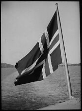 Glass Magic Lantern Slide NORWEGIAN LOCATION NO25 C1930 PHOTO NORWAY FLAG