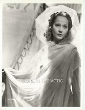 ALLURING MERLE OBERON HOLLYWOOD GLAMOUR PORTRAIT STILL #12