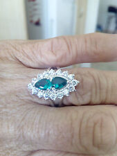 GORGEOUS EMERALD AND WHITE SAPPHIRE RING SIZE 0