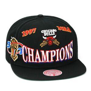 Mitchell & Ness Chicago Bulls Retro Snapback Hat Cap - Black/1997 NBA Champions