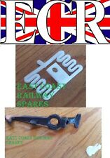 2 (A PAIR) G SCALE RAILWAY ROLLING STOCK SPARES CONNECT HOOK, SPRING & FITTING