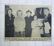 1960 Mrs Eliza Ellerton, Rodenhurst Rd Clapham First Meal , Meals On Wheels Van