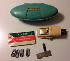 Vintage Singer Sewing Machine Company Buttonholer Teal Carrying Case Button
