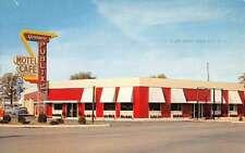 Kendallville Indiana Publix Motel Street View Vintage Postcard K51477