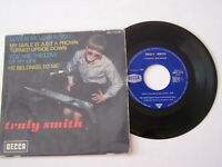 EP 4 TITRES VINYLE 45 T , TRULY SMITH , LOVE IS ME LOVE IS YOU . VG - / VG+ .