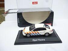 Schuco 1:43 Opel Vectra 4 Doors Limousine Politie   New OVP
