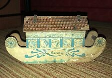Antique Bliss Noah's Ark Solid with Roof