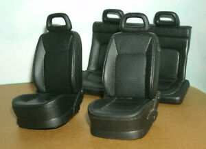1/18 Scale VW New Beetle Front & Rear Seats Plastic Diorama Miniature Car Parts