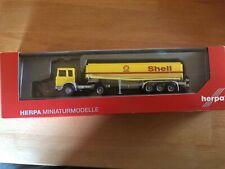 "Herpa, 309271  MAN F8 Benzintank-Sattelzug ""Shell"""