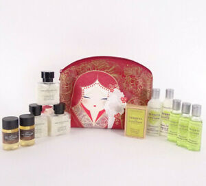 13pc Crabtree & Evelyn Ladies Weekend Bag with Toiletrie Christmas Gift Set 2020