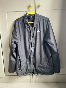 Nike SB Shield Coach Jacket (M)