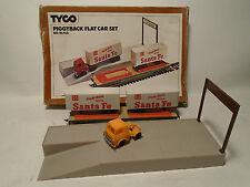 1970'S VINTAGE TYCO HO SCALE #348 PIGGYBACK FLAT CAR SET IN ORIGINAL BOX
