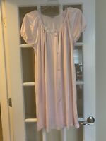VANITY FAIR VTG pink long short sleeved nightgown lace front button sleepwear L