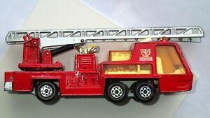 Matchbox Super Kings K9 Fire Tender 1972 Lesney England One Owner Die cast Truck