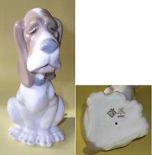Cadeau Blood Hound Dog by Lladro Nao 1982