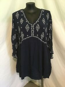"AUTOGRAPH NAVY BLUE ""WHITE EMBROIDERY"" CRINKLE TOP SZ 22-NEW STOCK STUNNING!!"